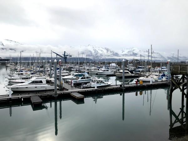 I love/hate Alaska